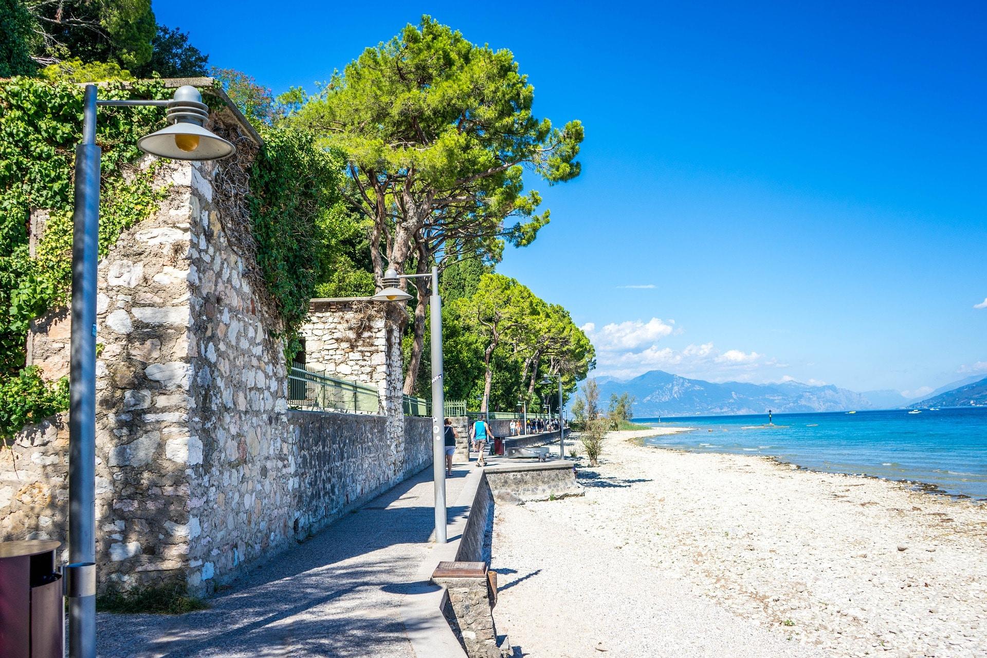 Kostenpflichtige Strände am Gardasee